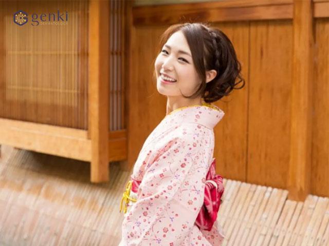 Học lỏm bí quyết xóa nếp nhăn hiệu quả từ người Nhật để sở hữu vẻ đẹp trẻ - khỏe